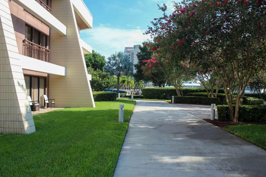 Contemporary Resort Garden Wing
